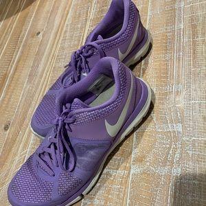 Gently used Nike flex run 2014